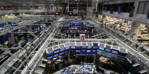 stock-trading-room